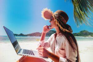 Work at beach@2x - Mauritius Expats - Move to Mauritius